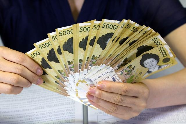 padedátitisícové bankovky